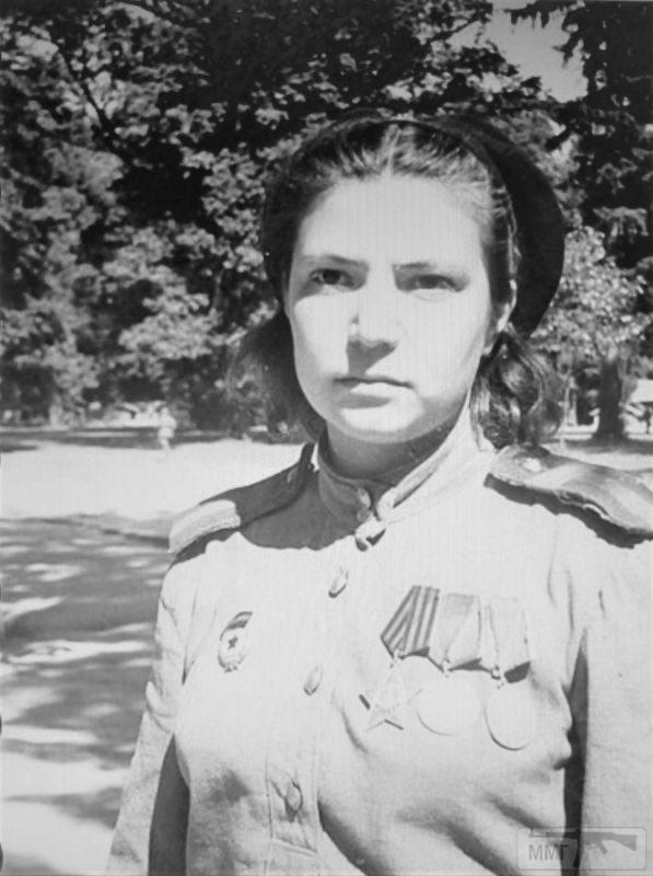 94973 - Женщины на войне.