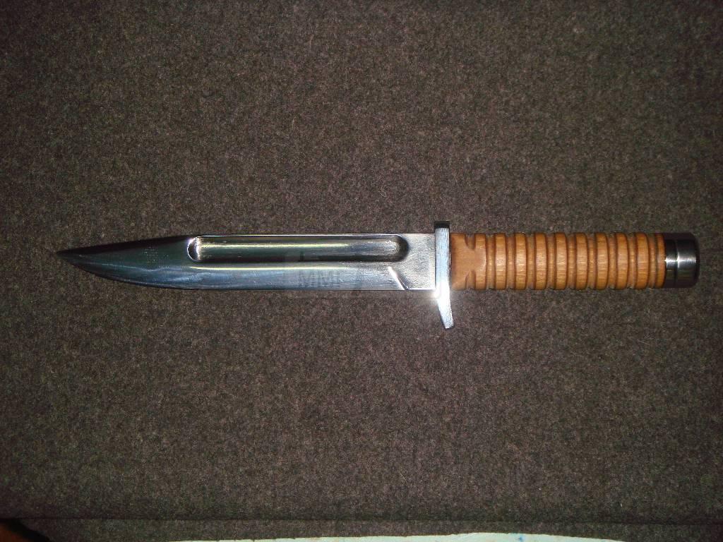 961 - реплики ножей