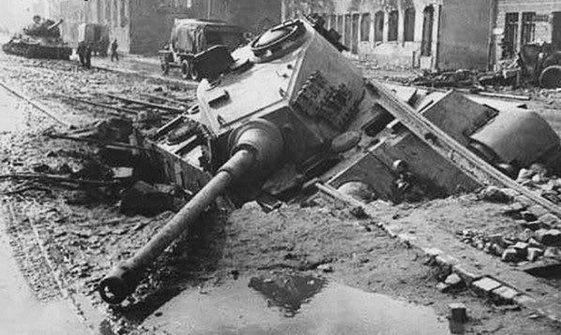 9644 - Achtung Panzer!