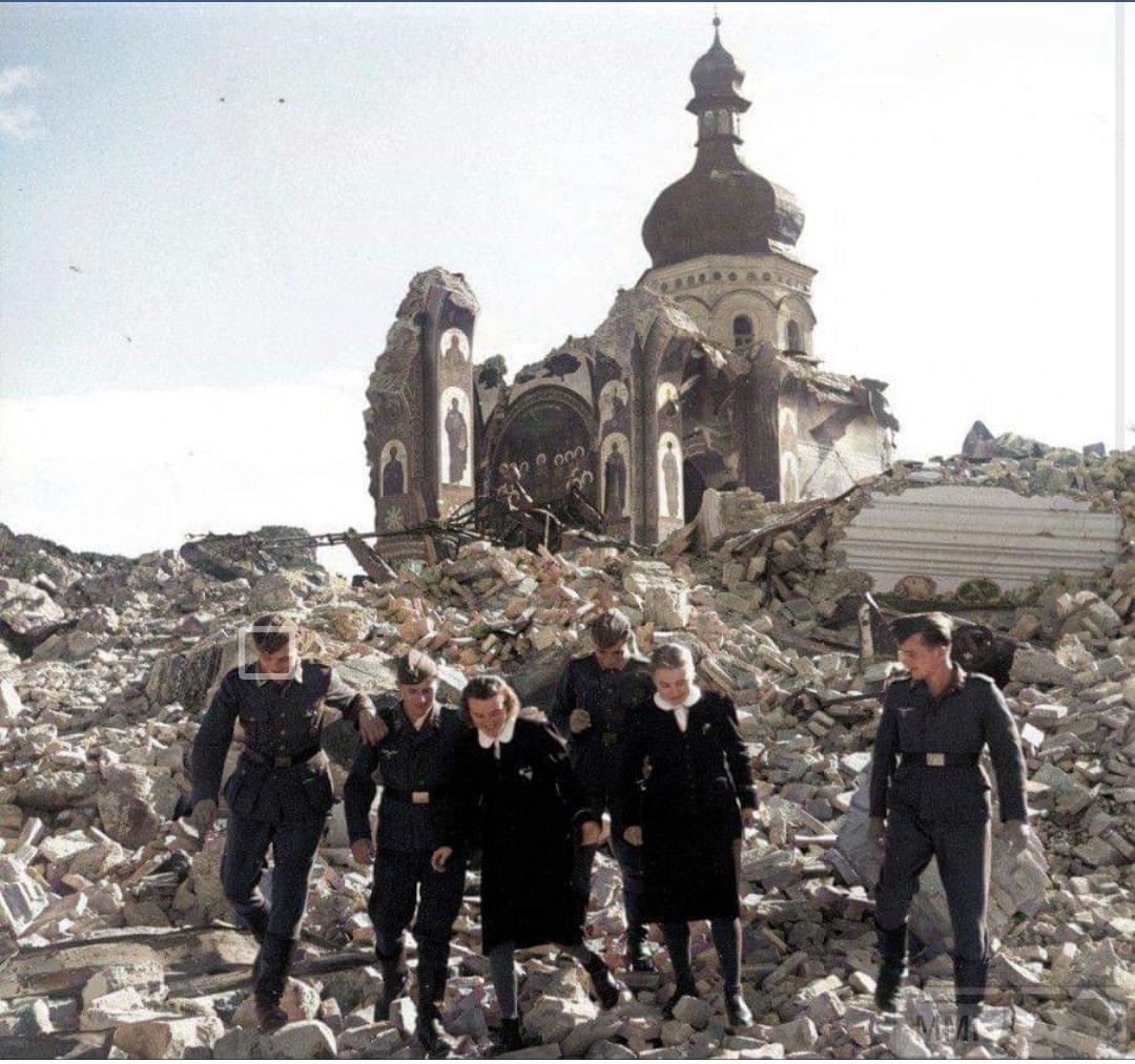 96931 - Оккупированная Украина в фотографиях