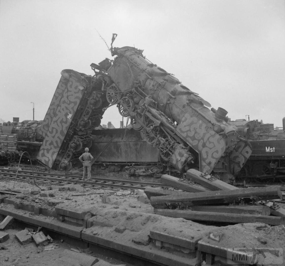 97701 - Стратегические бомбардировки Германии и Японии