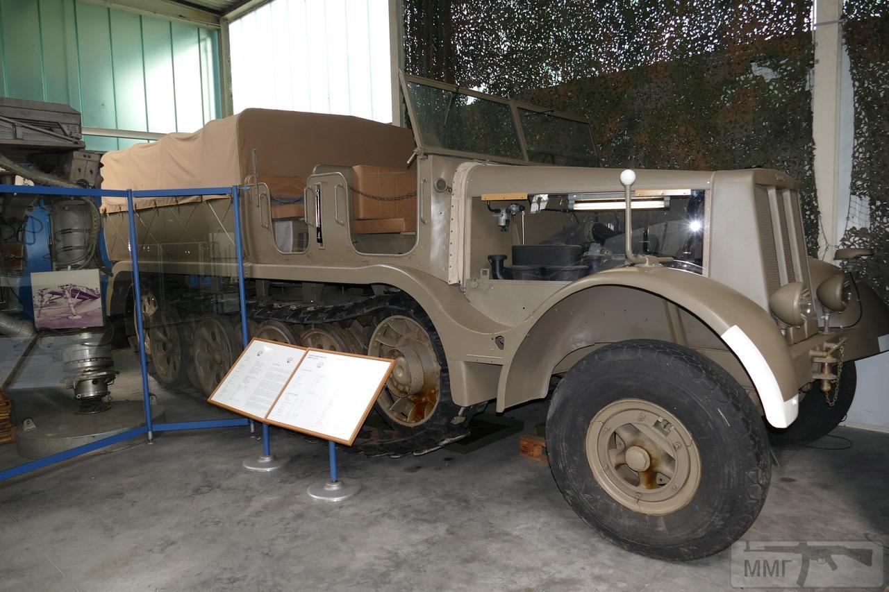 98483 - Грузовые и спец.автомобили Третьего рейха