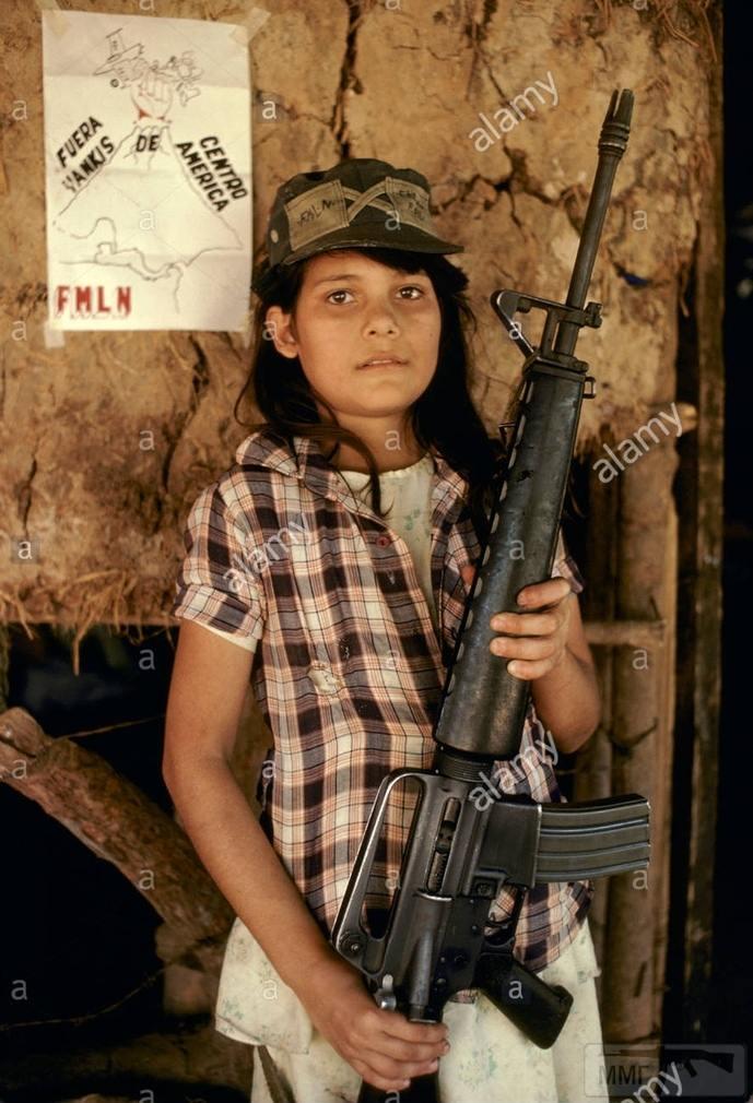 98764 - Семейство Armalite / Colt AR-15 / M16 M16A1 M16A2 M16A3 M16A4