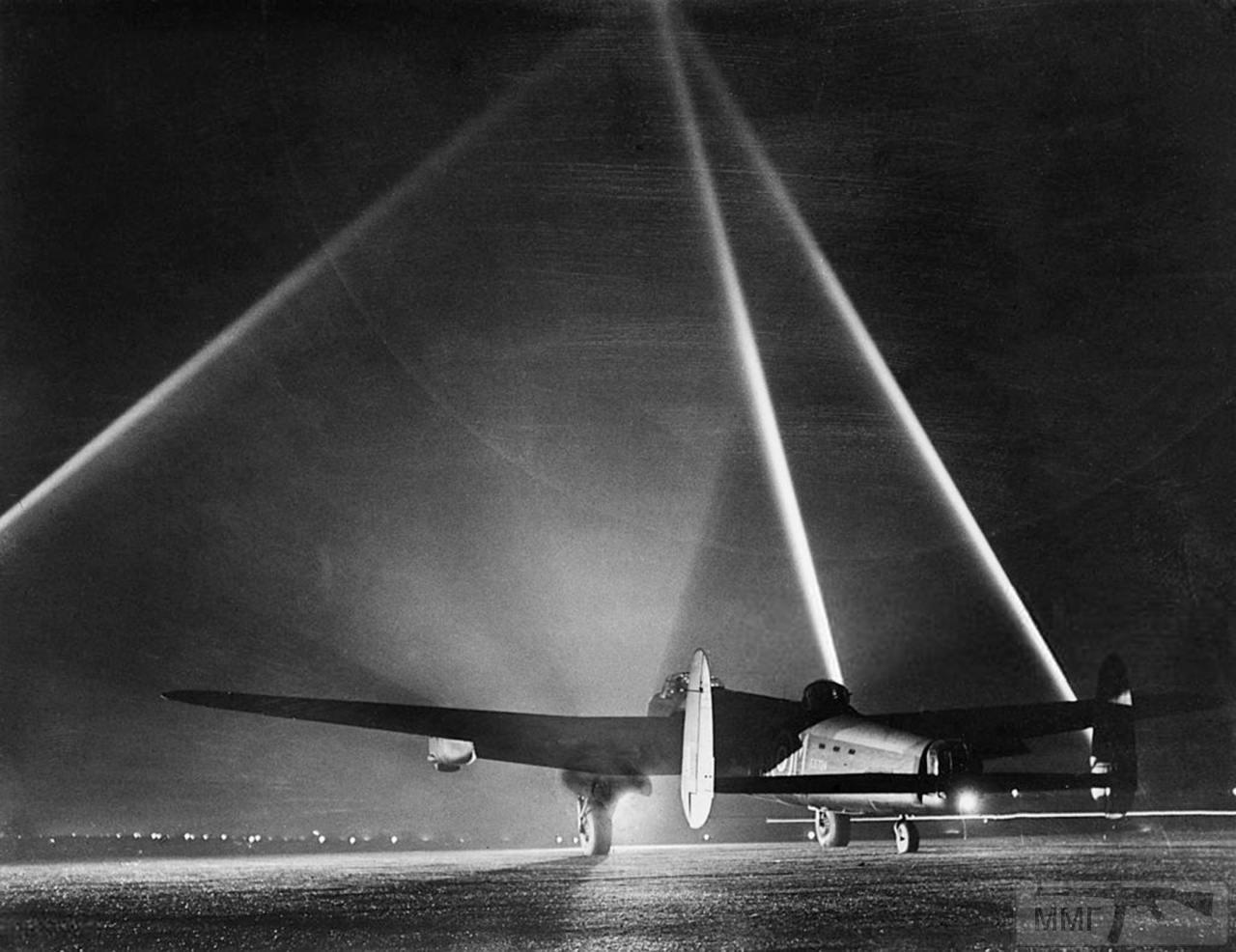 99049 - Стратегические бомбардировки Германии и Японии