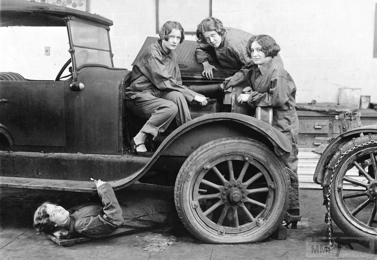 99949 - История автомобилестроения