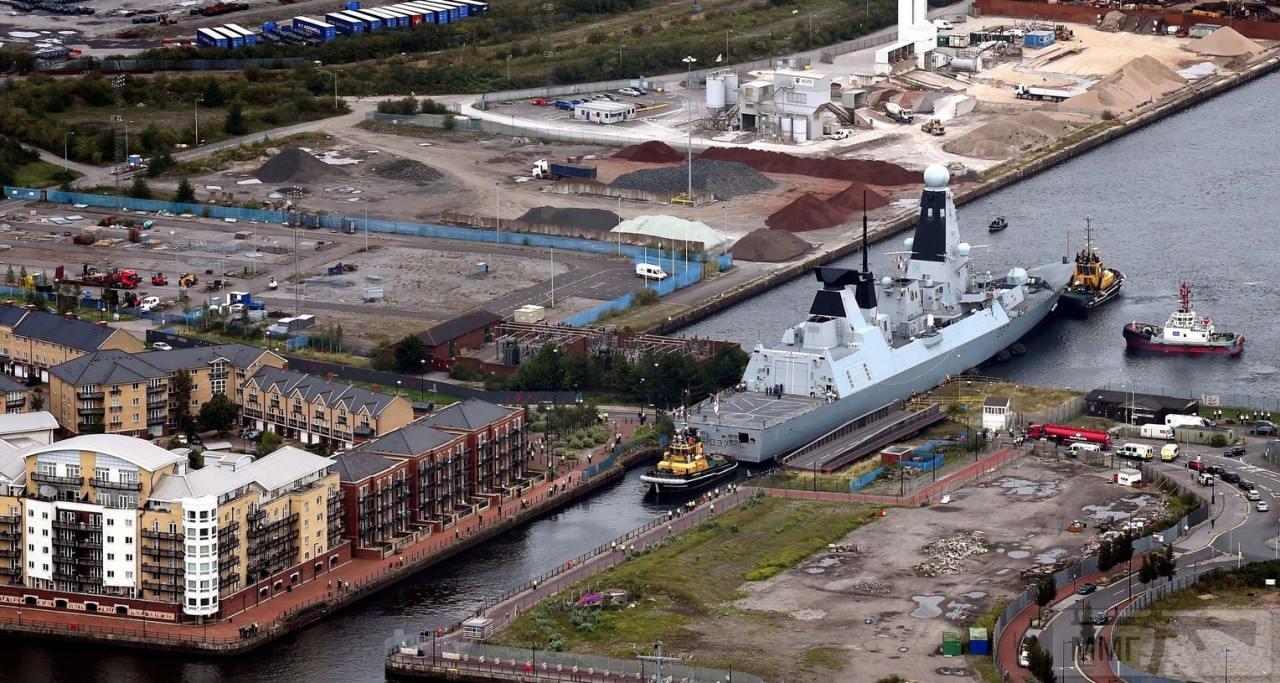 99966 - Royal Navy - все, что не входит в соседнюю тему.